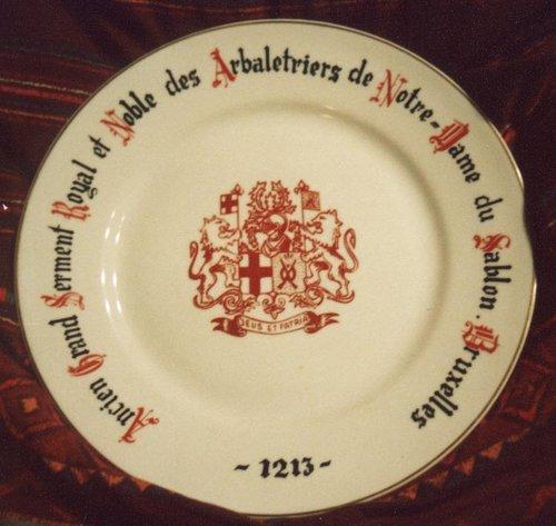 Assiette des Arbalétriers de Notre-Dame du Sablon 1970